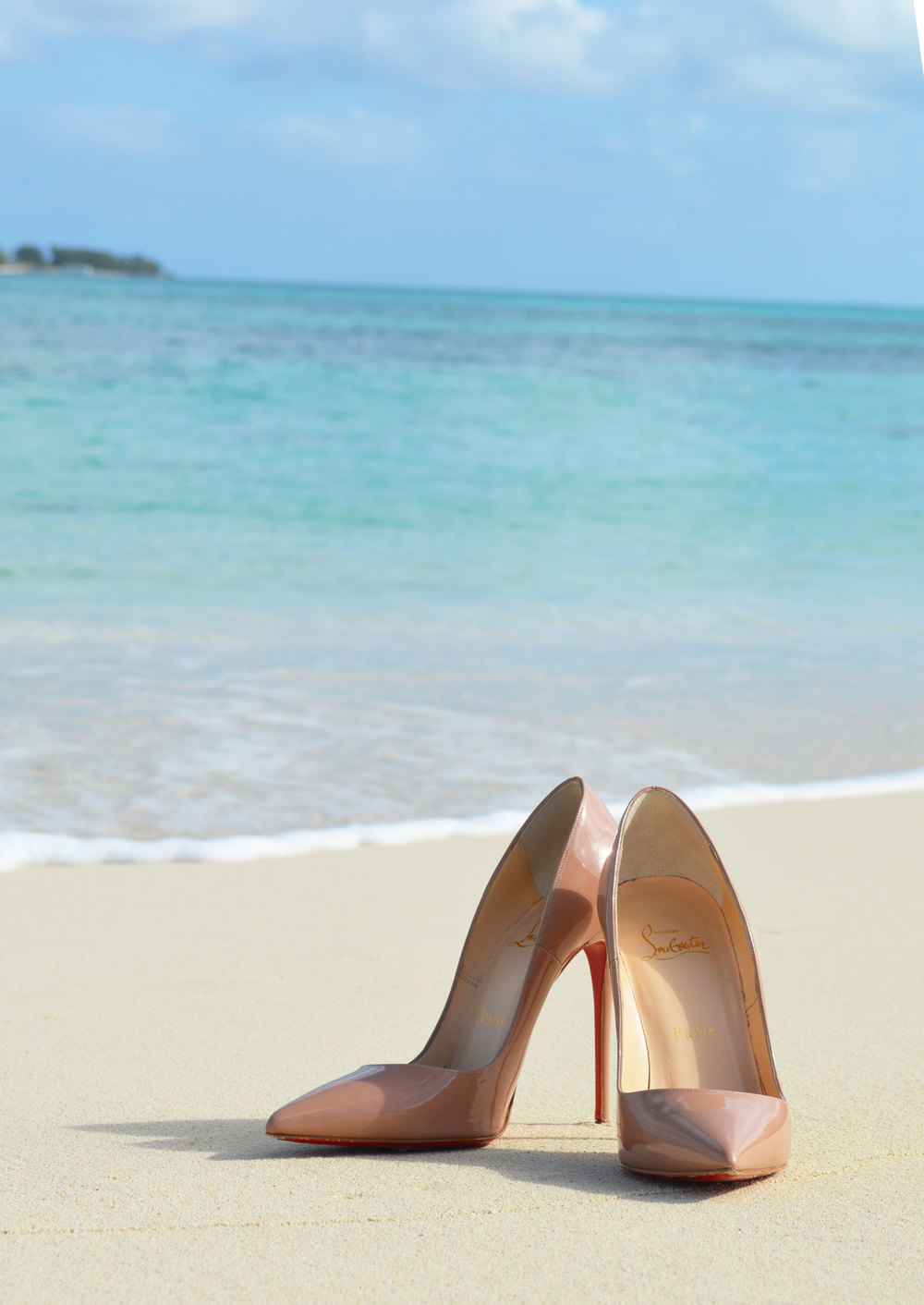 Nassau-bahamas-sandyport-beach-christian-louboutin-so-kate-beach.jpeg