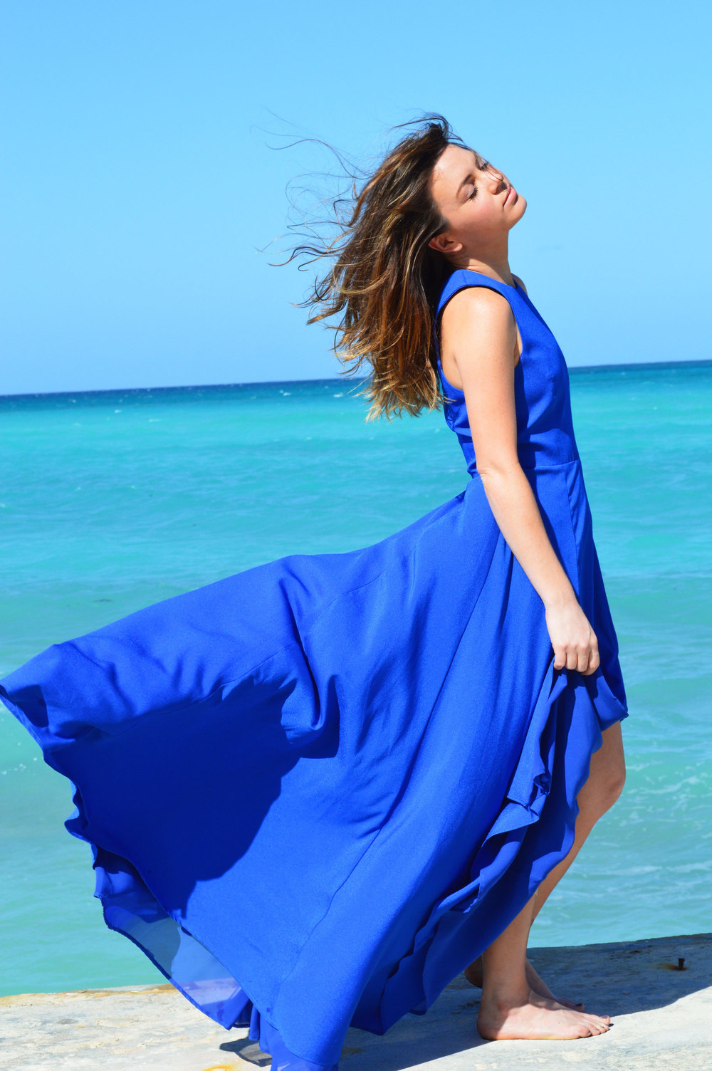 Naven-Siren-Dress-Vegas-Blue-Revolve-Clothing-Style-Vacation-Nassau-Bahamas-Long-Dress-itsnbd-Beach-girl-sea-blogger.jpeg