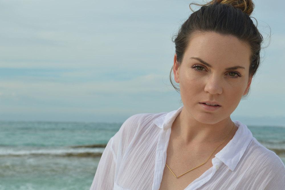 Aerie-Swim-bottoms-coverup-shirt-Gorjana-Rocksbox-nassau-bahamas-fromctoc-style-blogger