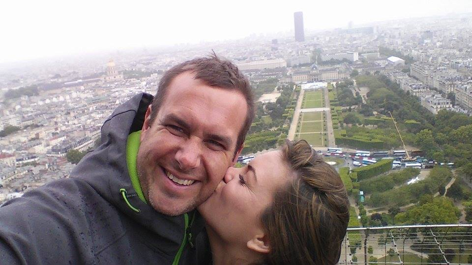 Kisses on the Eiffel Tower
