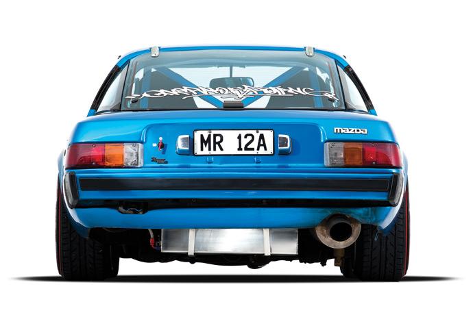 Mazda-RX-7-09.jpg