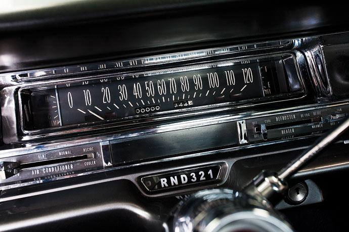 Cadillac-Coupe-de-Ville-10.jpg