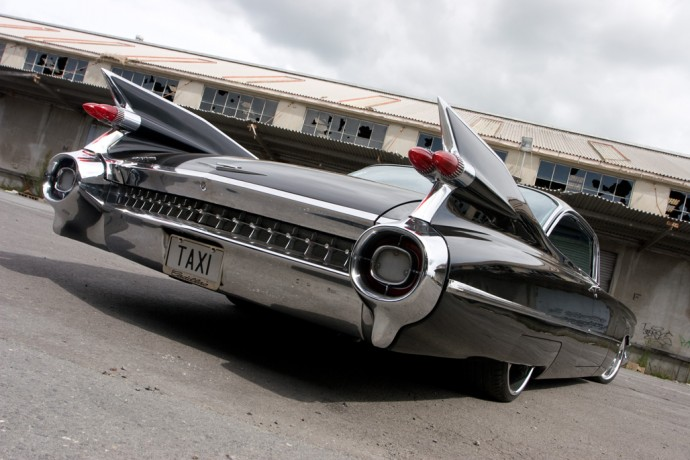 1959-Cadillac-Coupe-Series-62-06-690x460.jpg