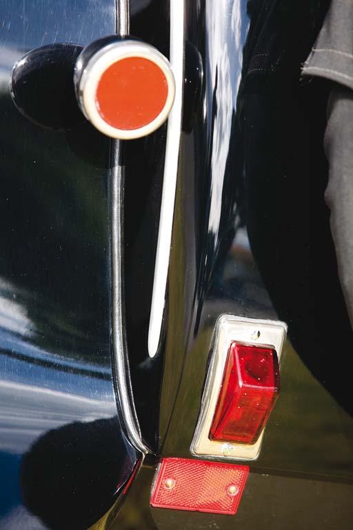 Lancia-Lambda-ext-det.jpg
