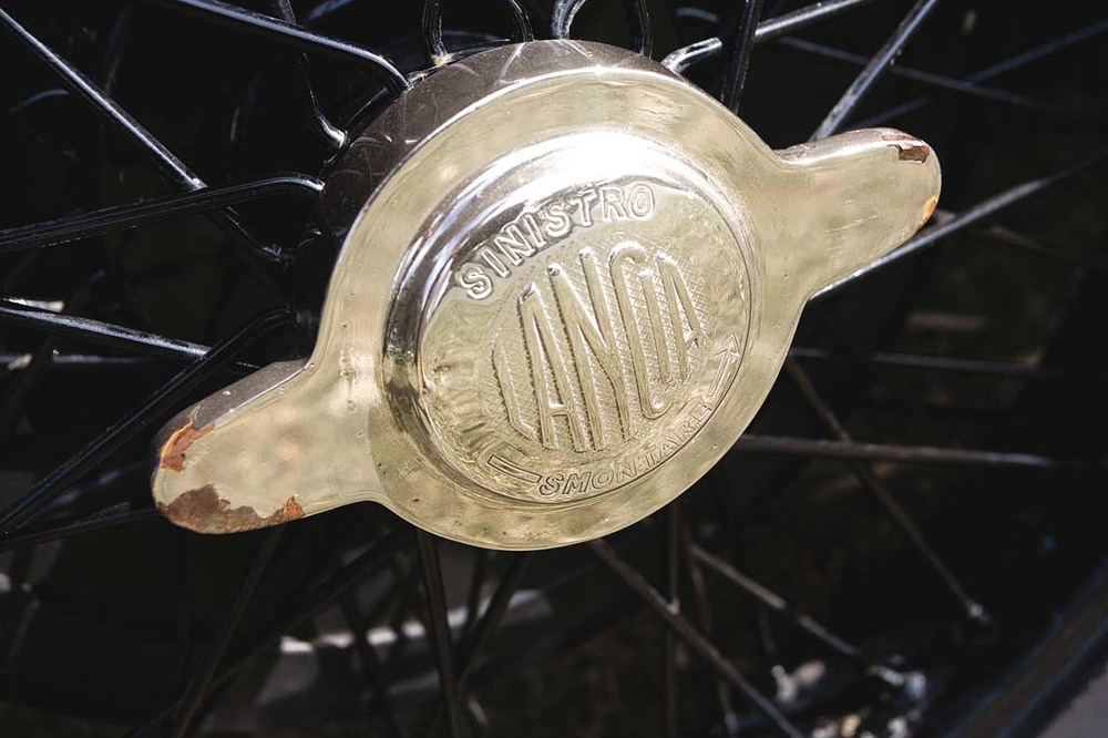 Lancia-Lambda-wheel.jpg