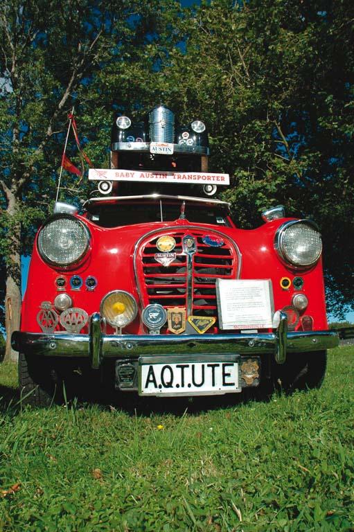 Austin-A35-Vans-red-f.jpg
