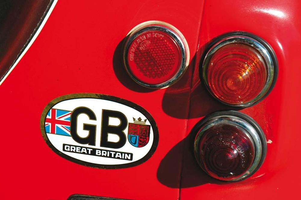 Austin-A35-Vans-red-lights.jpg