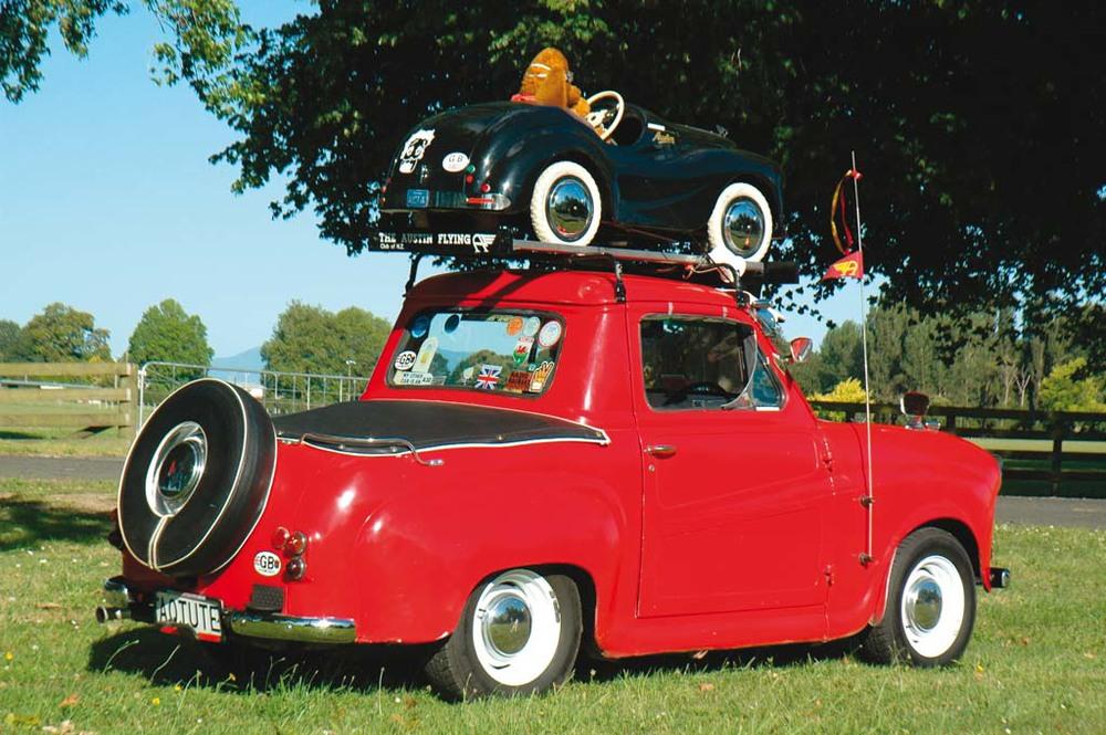Austin-A35-Vans-red-rq.jpg
