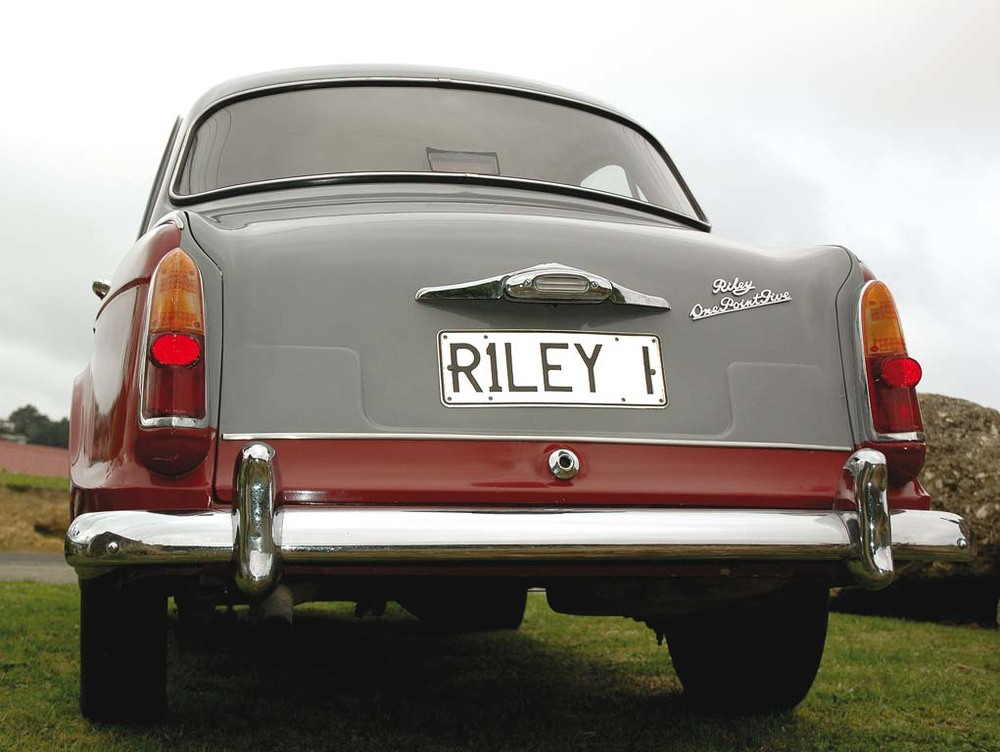 Riley-One-Point-Five-r.jpg