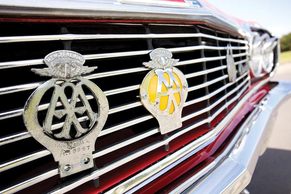 Chevrolet-Imapala-Caravelle-Caravan-ext-det5.jpg