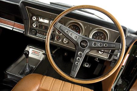 Ford-Falcon-XY-GT-interior-2.jpg