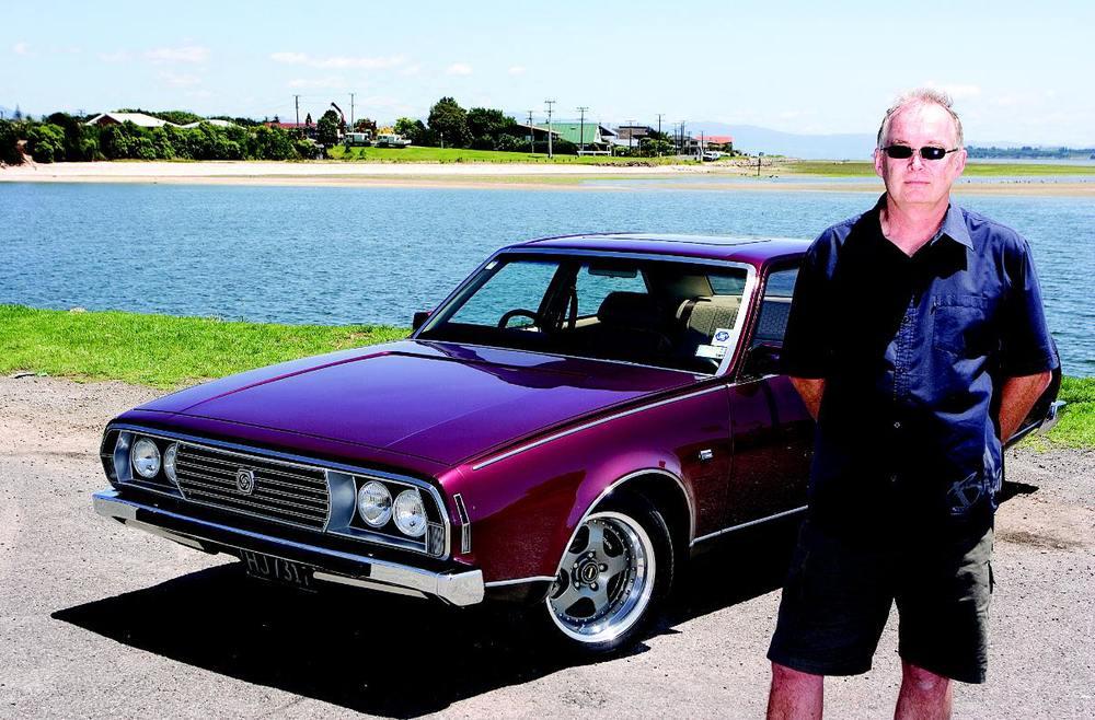 Leyland-P76-owner.jpg