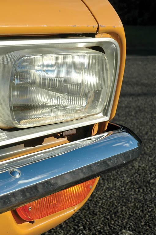 Vauxhall-Viva-1300-CC215-ext-det6.jpg
