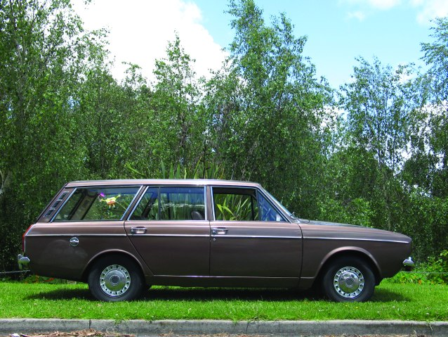 Hillman-Hunter-wagon-s.jpg
