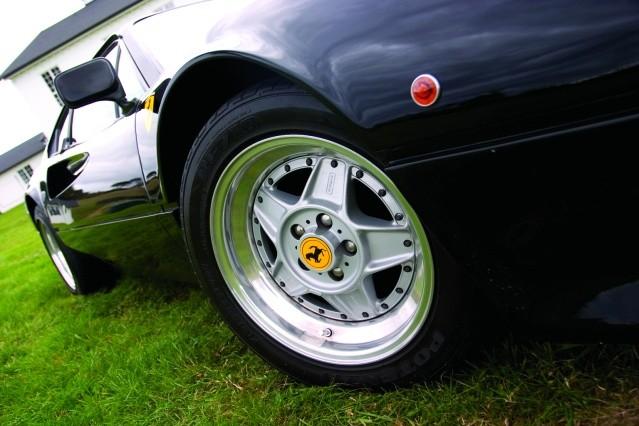 Ferrari-Dino-308-GTB-wheel.jpg