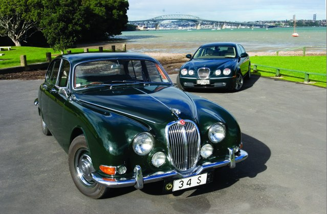 Jaguar-S-Type-and-Mk2-3.4S-2.jpg