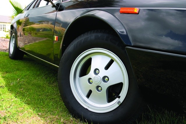 Lancia-Montecarlo-wheel.jpg