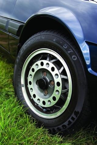 Fiat-X19-1500-wheel.jpg