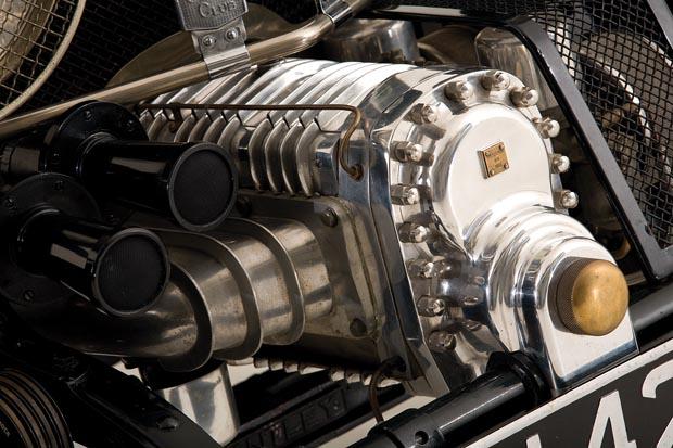 Blower-Bentley-A-Legend-Reborn-NZCC-211-02.jpg