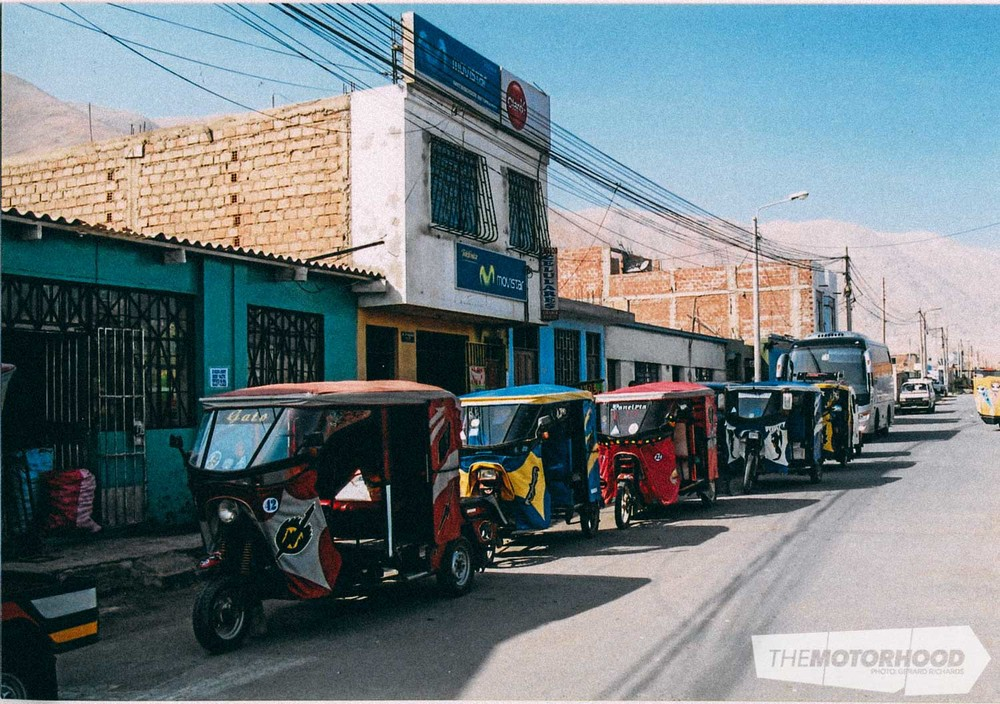 Motorcyle-taxi madness in a small coastal town in Peru