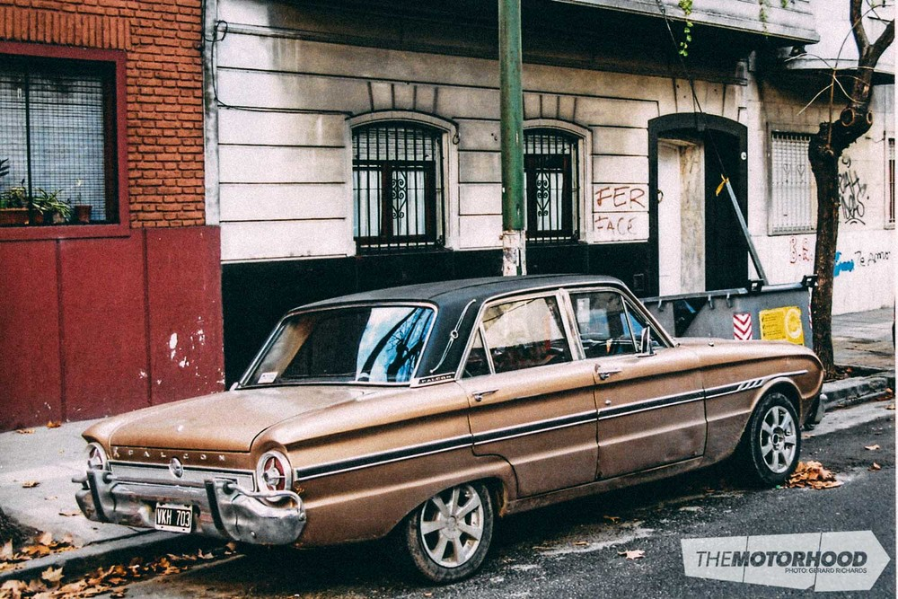 '60 s Falcon — this example may have been assembled in the '70s. Still in daily use on the streets of Bodeo, Buenos Aires