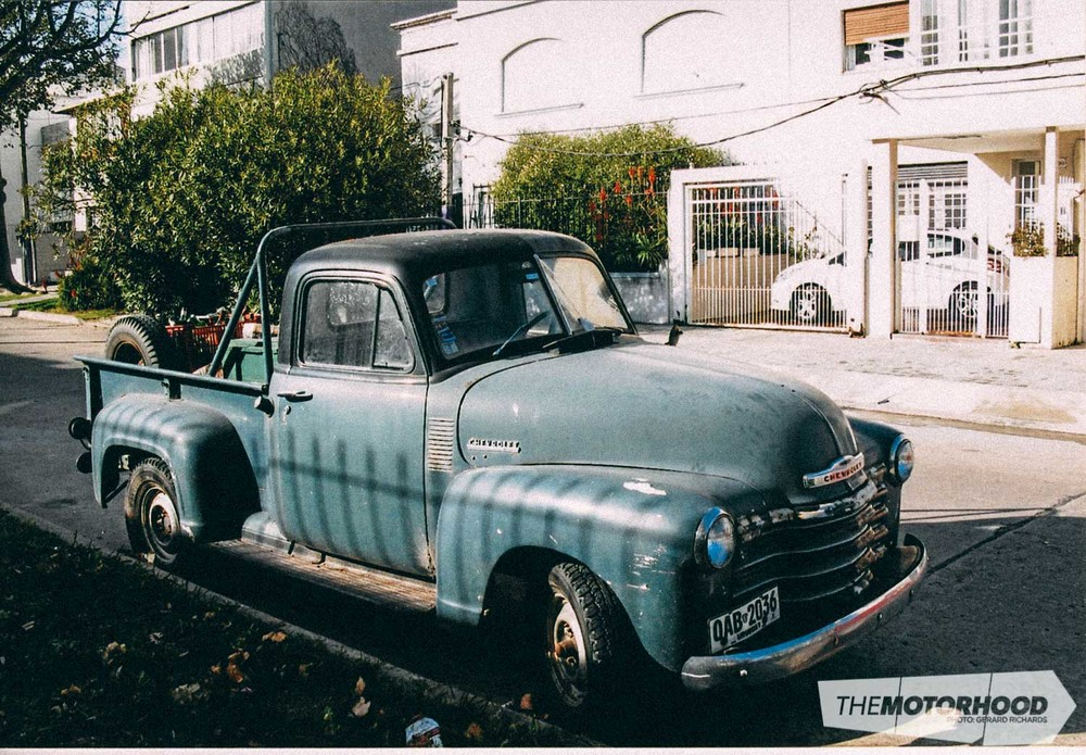 Time warp back to the '40s — Chev pickup seen in Montevideo