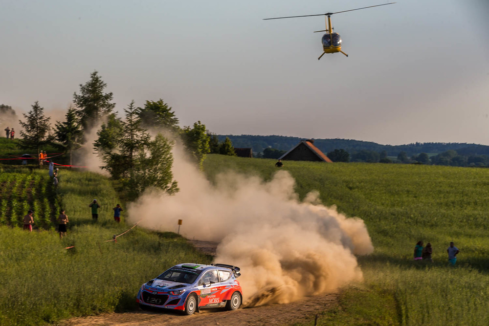 Hayden Paddon and John Kennard WRC Rally Poland action Saturday_1 Vettas Media.jpg