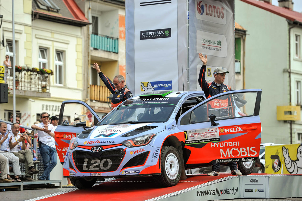 Hayden Paddon and John Kennard WRC Rally Poland finish Sunday_1 Vettas Media.jpg