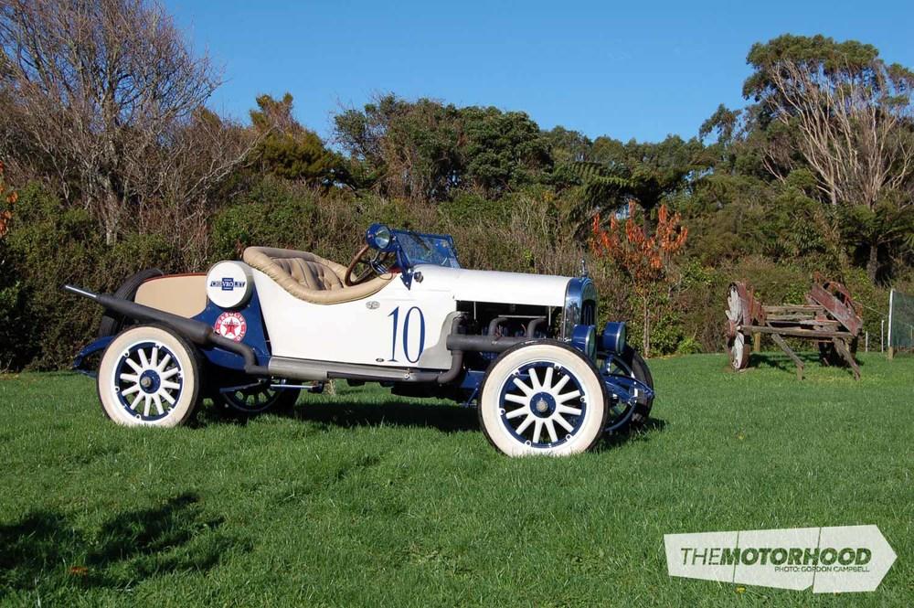 Nigel Fraser, Chevrolet Speedster (10).jpg