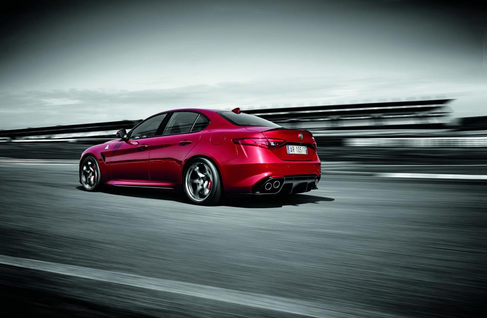 Alfa_Romeo_Giulia_003.jpg