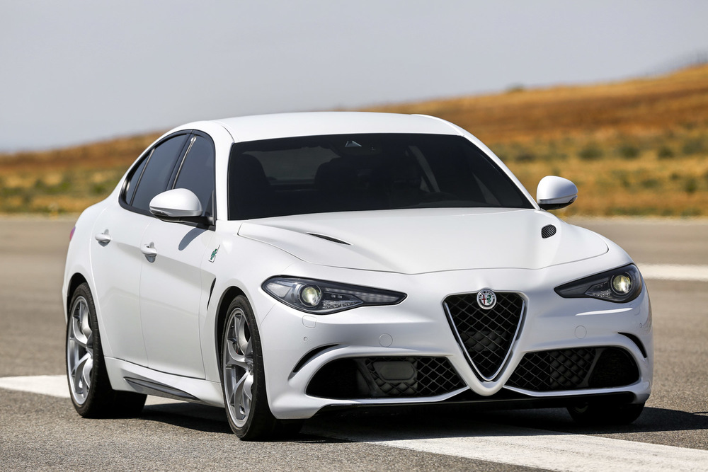 Alfa_Romeo_Giulia_008.jpg