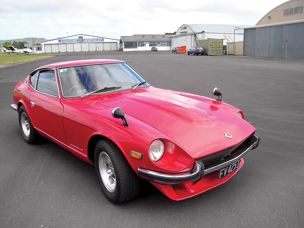 The Motorman 240Z — now painted red — in exactly the same spot at Ardmore airport in 2015