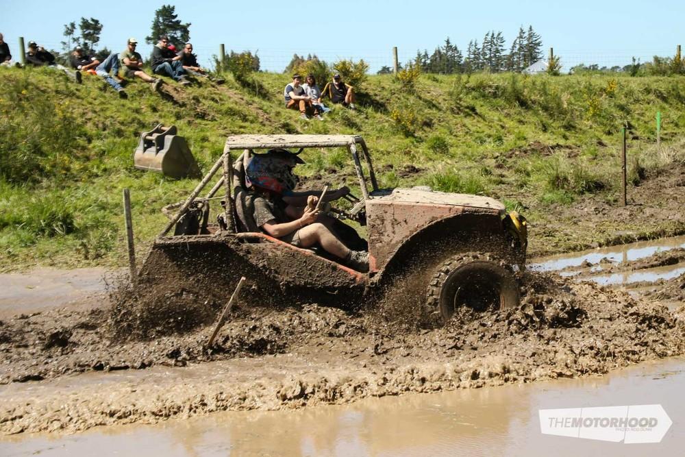 Mud Plug 2015 NZV8-24.jpg