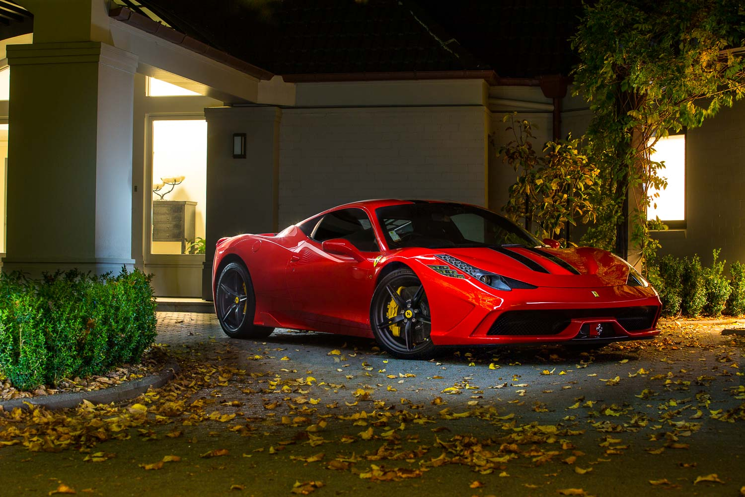 Attractive Seeing Red: The 2014 Ferrari 458 Speciale
