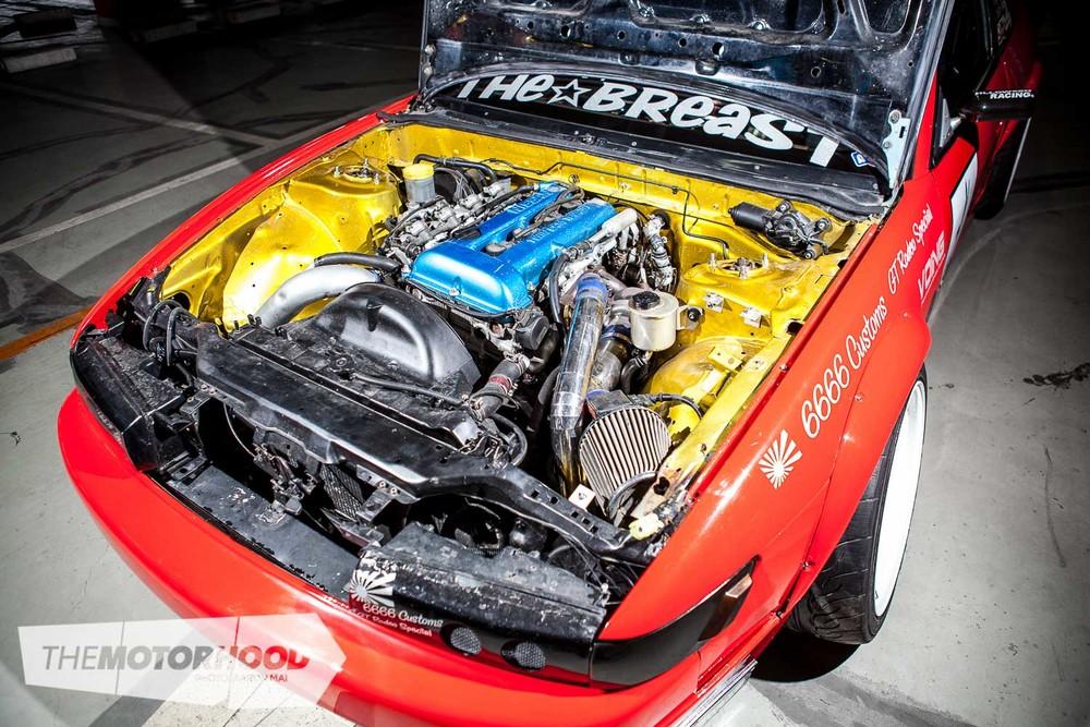 IMG_9085_engine.jpg