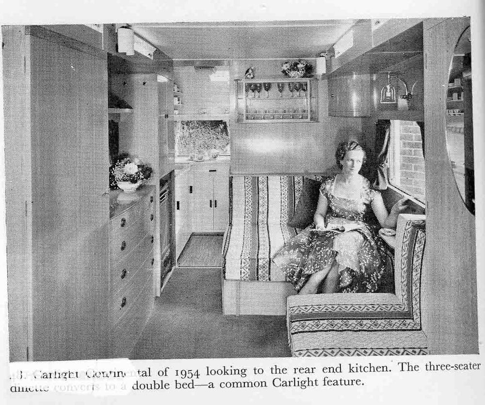 Caravan012.jpg