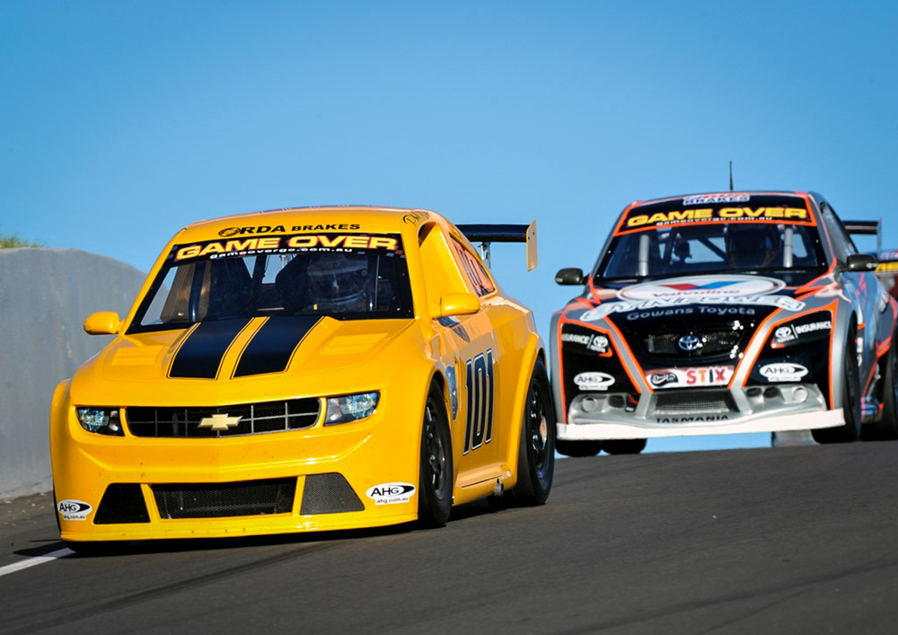 nz racing cars 11 500rpm 230kph and low cost the motorhood. Black Bedroom Furniture Sets. Home Design Ideas
