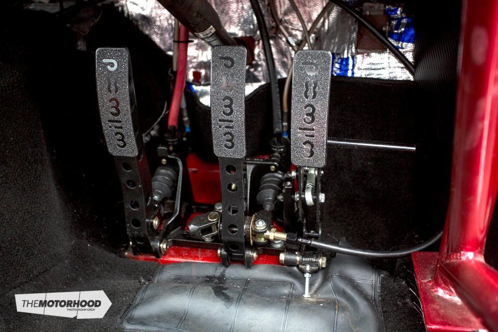 0N0A0565_pedals.jpg