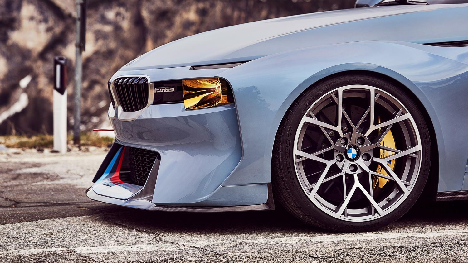 Bmw 2002 Homage Take A Look At Bmw S Redesigned 2002 Turbo The Motorhood
