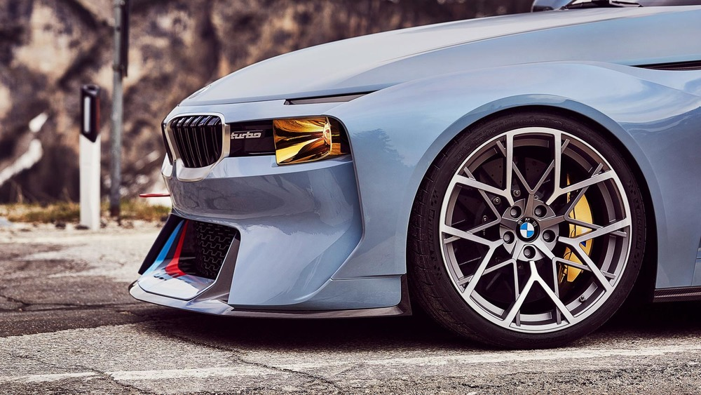 Bmw 2002 Homage Take A Look At Bmws Redesigned 2002 Turbo The