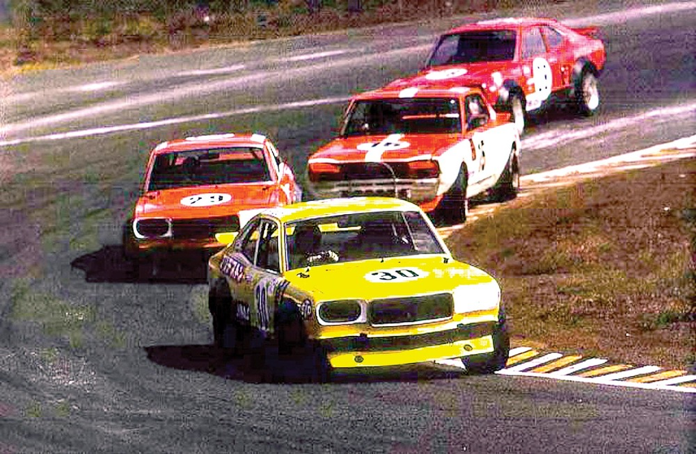 Mazda-RX3-vs-hakosuka-Nissan-Skyline-GTR-1972-50th-640x418.jpg