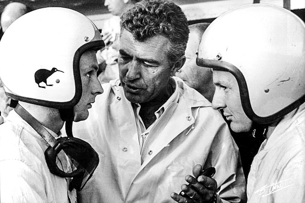 Caroll-Shelby-talks-to-Amon-left-and-McLaren-at-Le-Mans.jpg