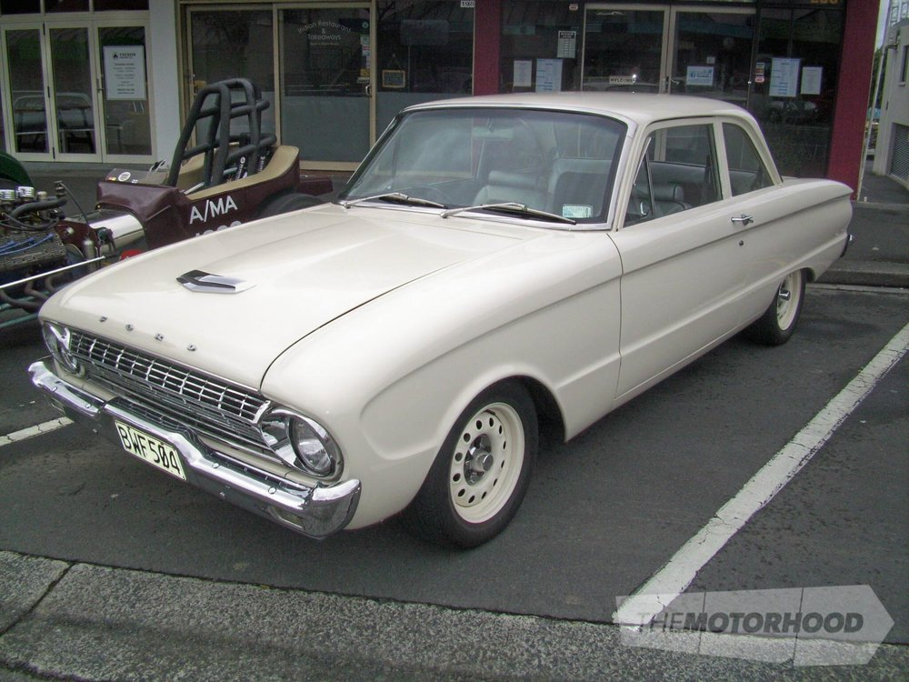 Esther Managh also from Early Iron's club owns this tidy 1963 Ford Falcon.jpg