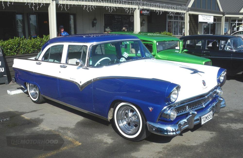 1956 Ford Customline.jpg