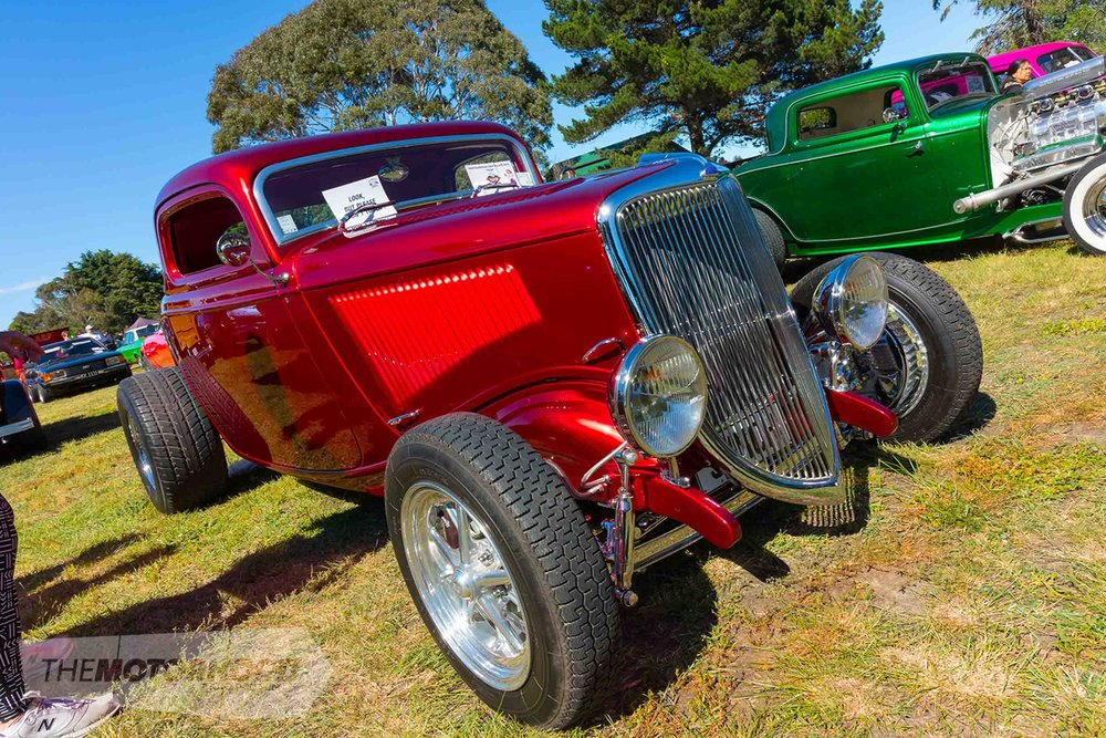 Have A Gawk At The BurgerFuel Rockabilly Show And Shine Turnout - Winters car show