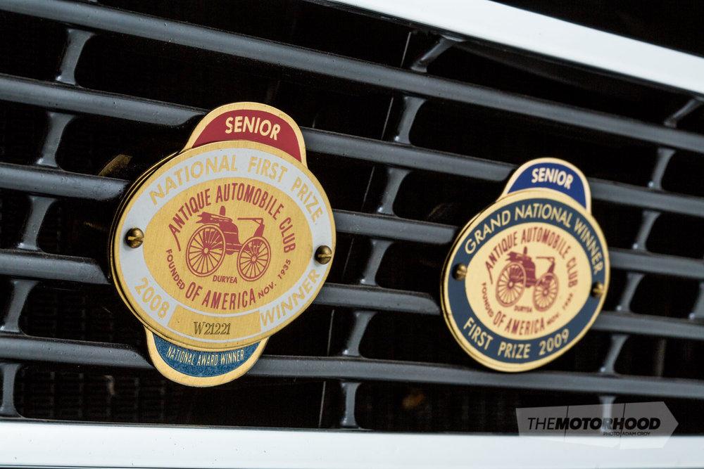 0N0A2430_badges.jpg