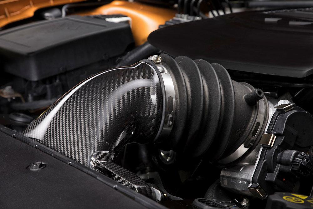 GTSR W1 - Carbon Fibre Airbox.jpg