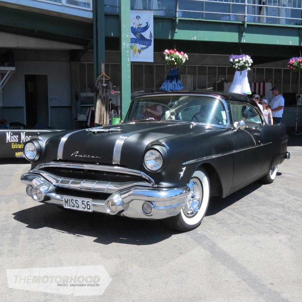 1956 Pontiac Star Chief.jpg