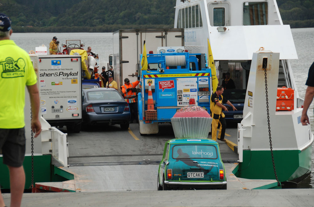 Jacqui Madelin - DSC_6370cupcake beststart ferry.jpg