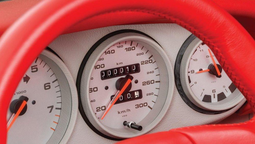 1993-porsche-911-carrera-rsr-38 (21).jpg